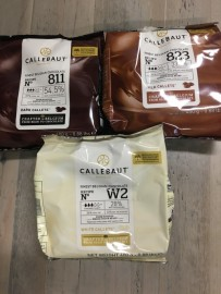 SET OF CALLEBAUT CHOCOLATE 400G - DARK, MILK, WHITE