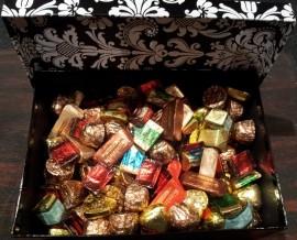 CONTINENTAL EUROPEAN CHOCOLATES 1.5kg