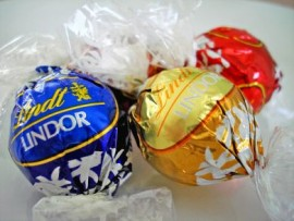 3 PACK LINDT LINDOR IN POLY BAG
