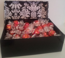 50 LINDT LINDOR IN GIFT BOX