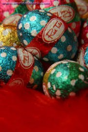 RED TULIP EASTER EGGS 1KG